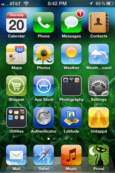 iPhone Homescreen in iOS 5